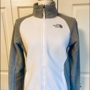 The North Face jumper S size